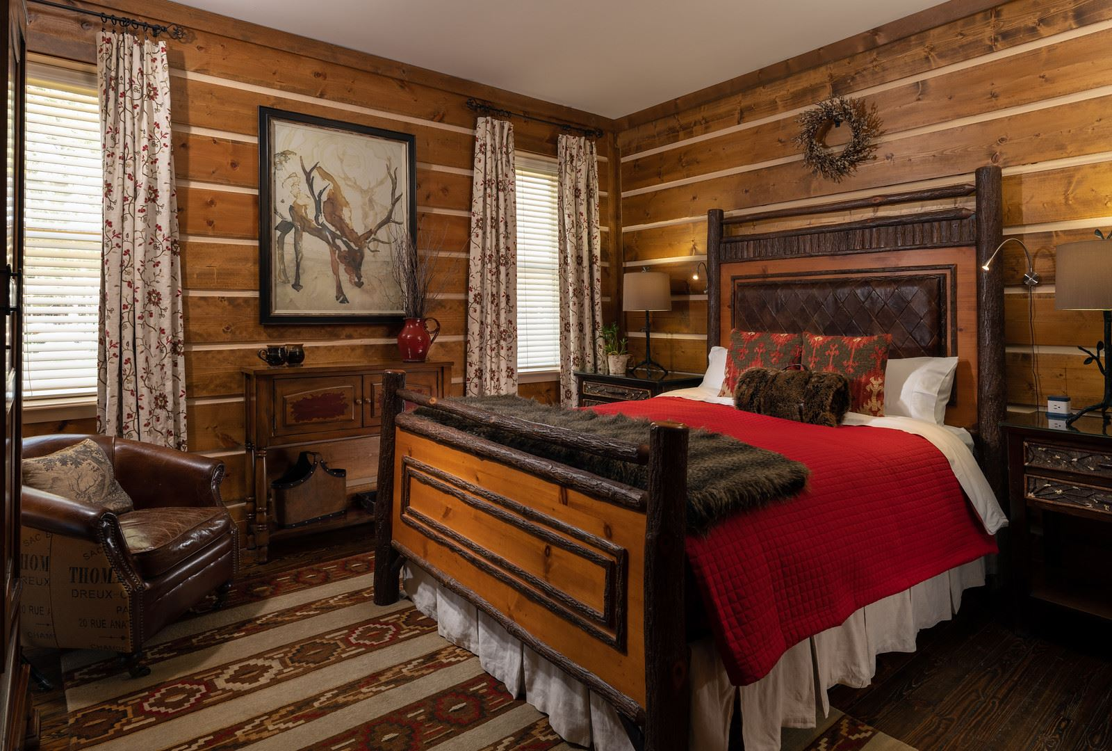Holly Room-bed