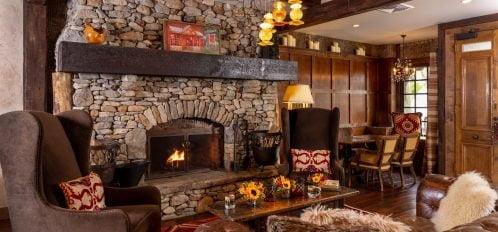 Lobby-fireplace-lone