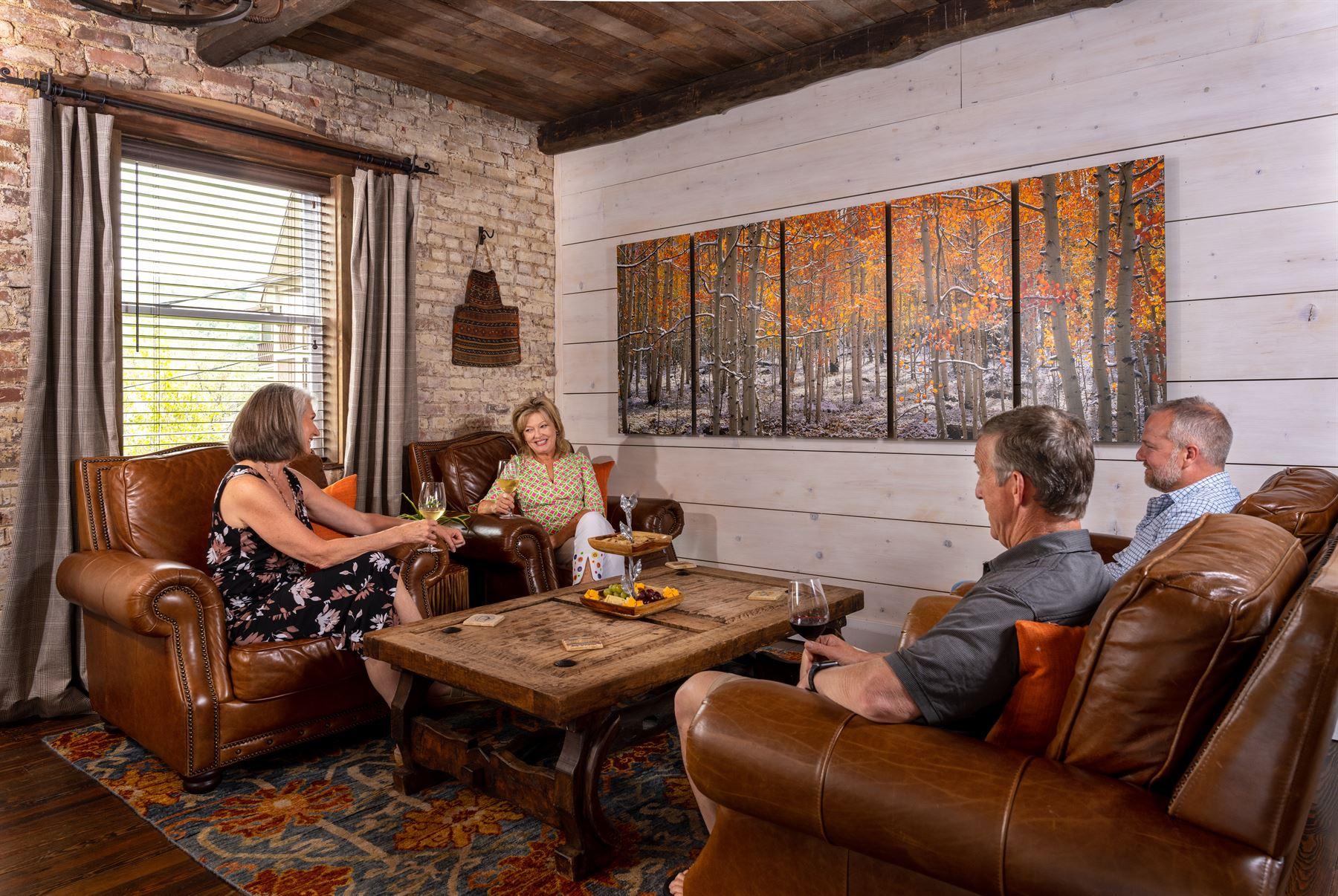 Lounge w-4 people